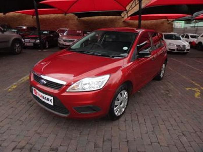 2010   FORD   FOCUS 1.8 AMBIENTE - R119,900