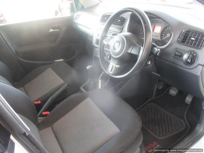 VW Polo6 1.6 2012 model with 4 Doors
