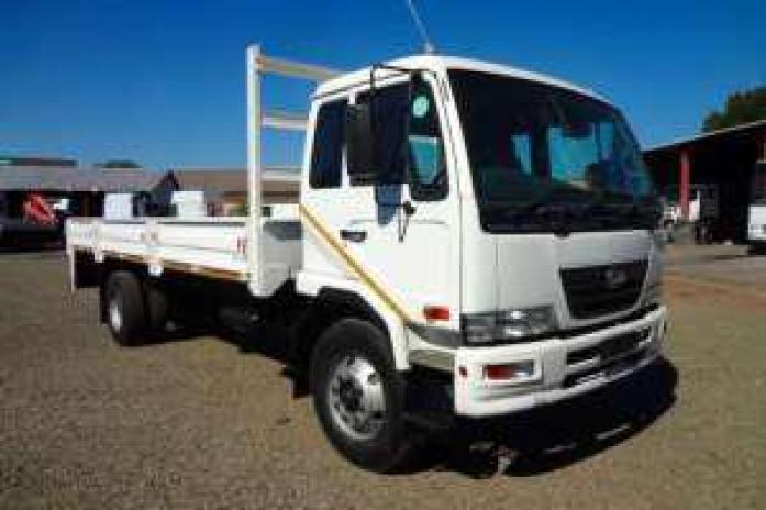 Nissan UD 80 2010 Model