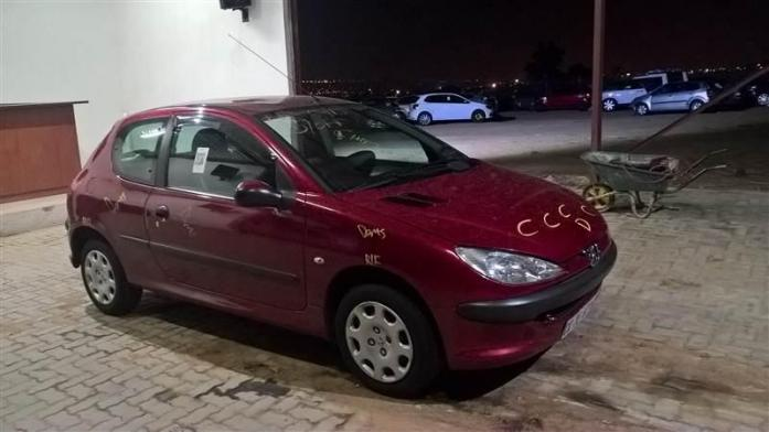 Peugeot 206 breaking for spares