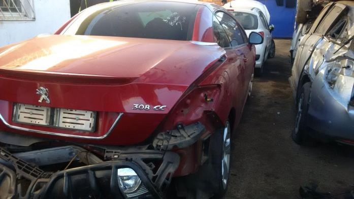Peugeot 308cc 1.6 THP breaking for spares