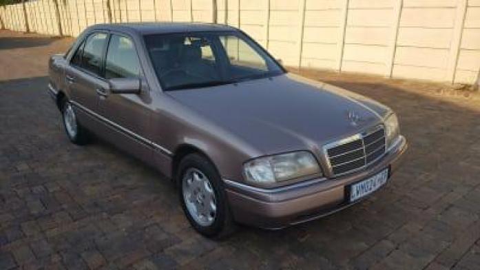 1994 Mercedes-Benz C-Class Stunning C220 Elegance M/T 1 Owner