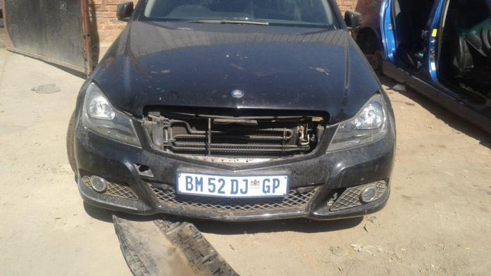 we are stripping M/Benz C200 cdi 2011 for parts
