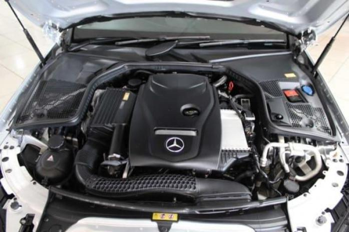 2016 Mercedes-Benz C-Class Avantgarde