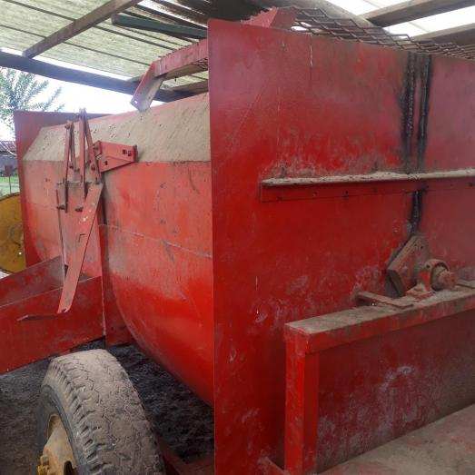 2ton feed mixer