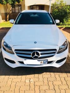C200 Mercedes Benz for sale