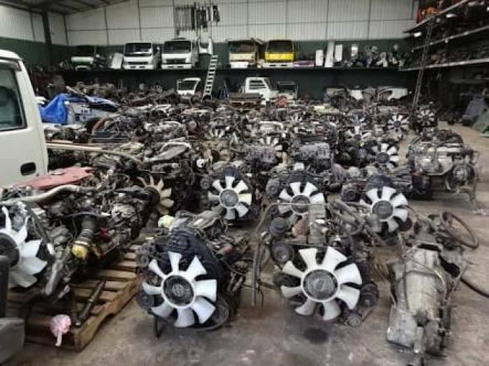 engines an cars accessories available