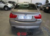 BMW 320i A/T (E90)