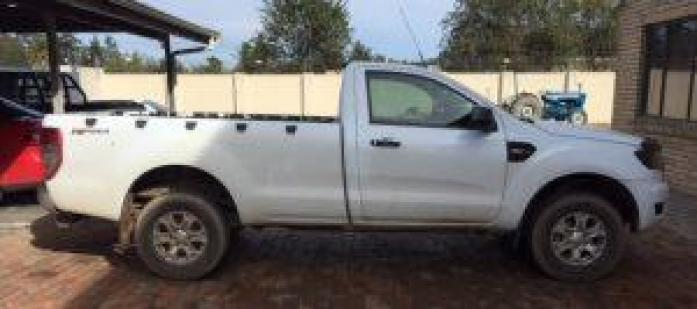 2015 Ford Ranger 2.2 TDCi XLS - Rent to own