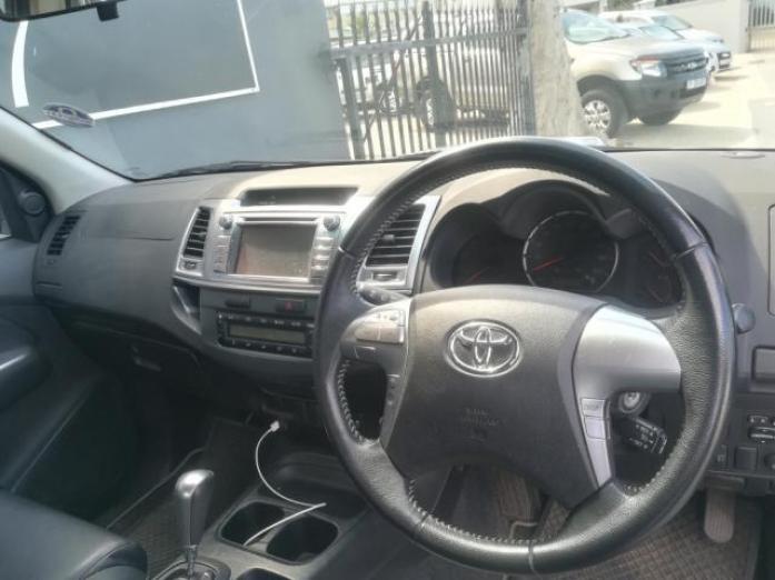 2015 Toyota Hilux 3.0D-4D Legend45 A/T P/U D/C