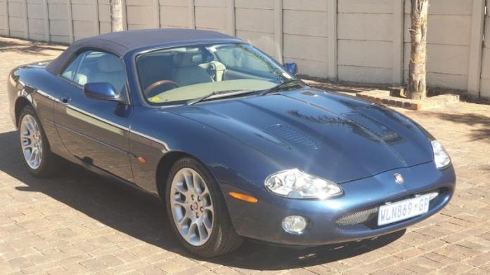 2000 Jaguar  XKR SUPERCHARGED CONVERTIBLE