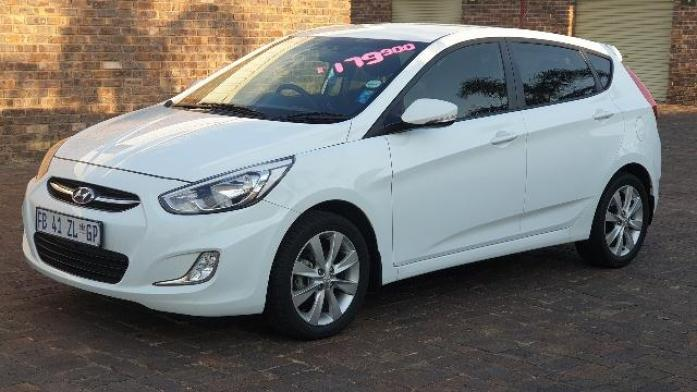 2016 Hyundai Accent 1.6 GLS SLEEK AND SEXY HOT HATCH for sale in Gauteng